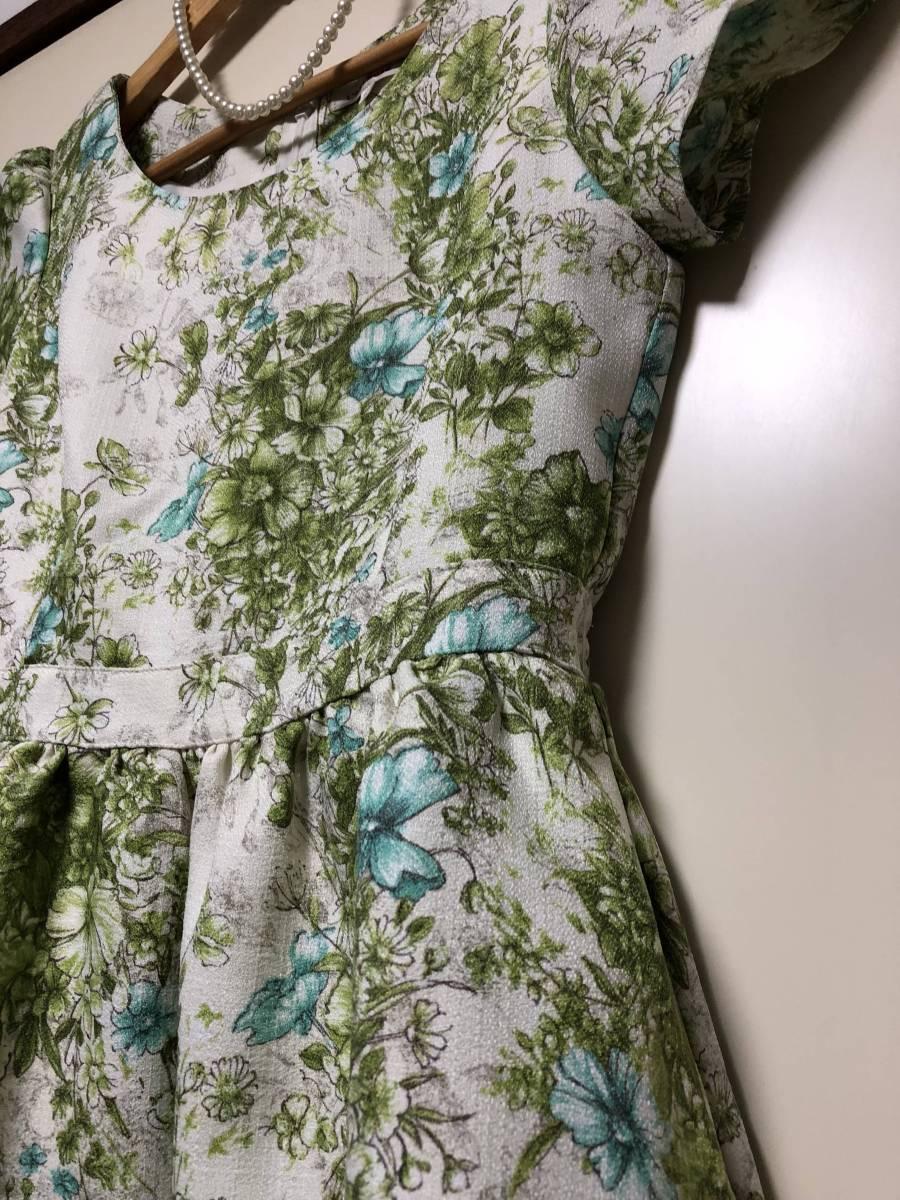 レストローズ L'EST ROSE ☆素敵なワンピース  MT さわやかグリーン系 花柄  半袖 フレアーが素敵_画像4