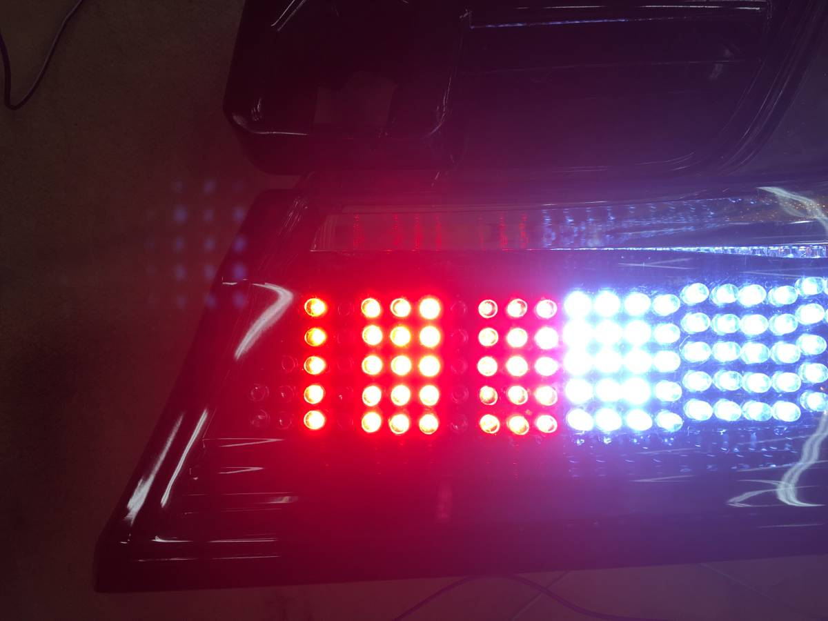 30ヴェルファイア 加工済テール シーケンシャルウインカー LEDバックランプ バックフォグ_画像6