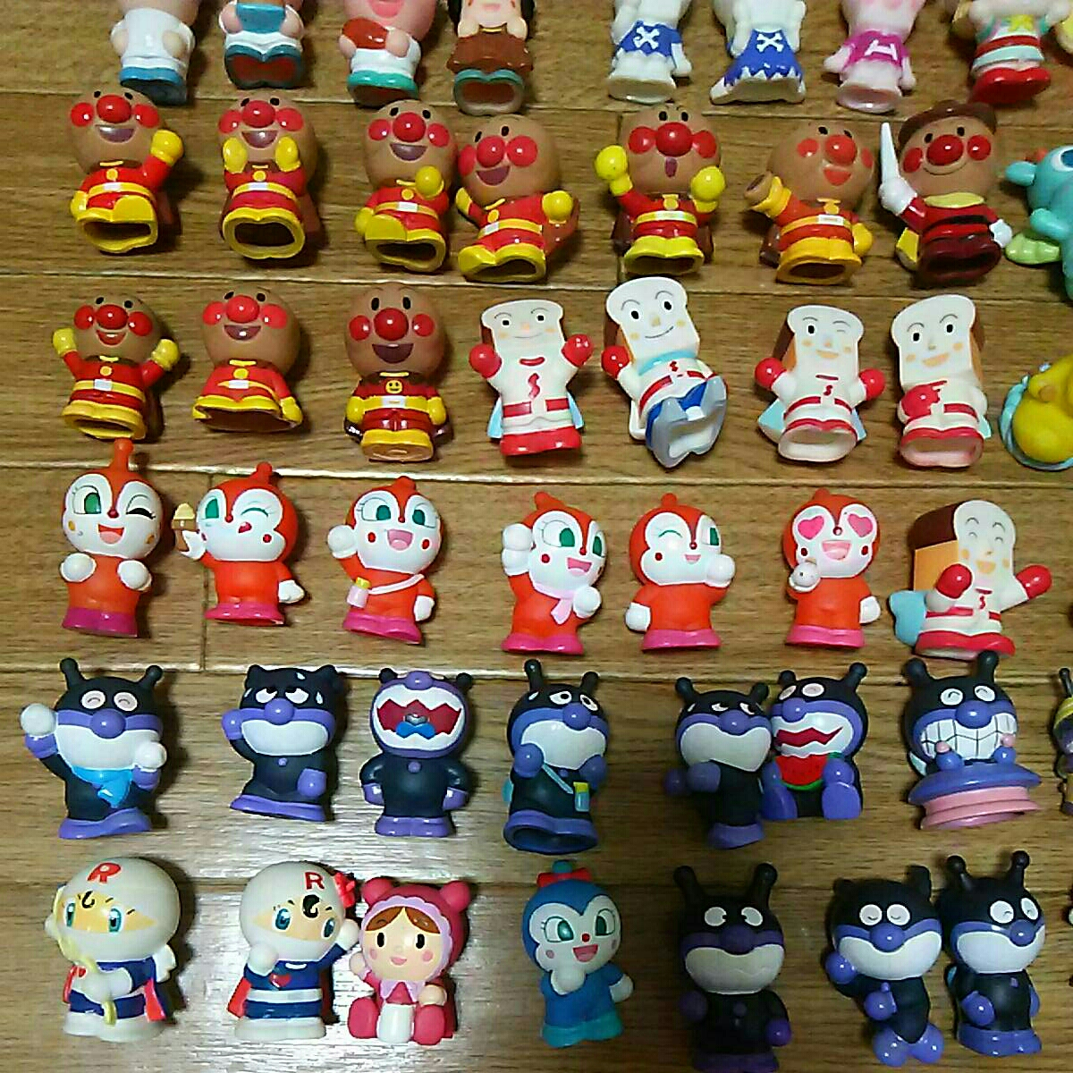 ダブリなしアンパンマン指人形他フィギュア106体セット ソフビ マスコットキャラクターやなせたかし まとめて まとめ売り大量 たくさんミニ_画像2