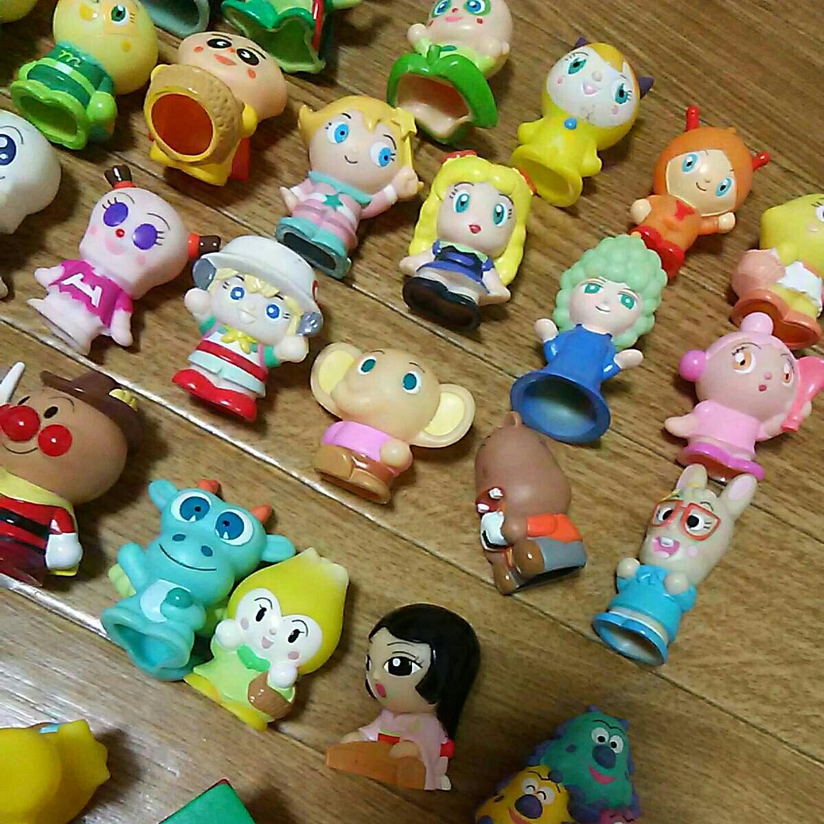 ダブリなしアンパンマン指人形他フィギュア106体セット ソフビ マスコットキャラクターやなせたかし まとめて まとめ売り大量 たくさんミニ_画像8