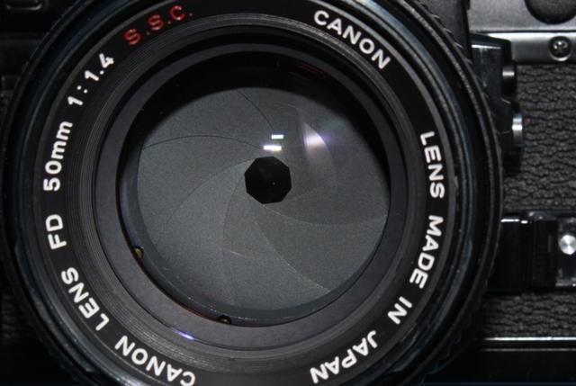 良品 Canon A-1 と FD 50mm 1:1.4 SSC 作動確認済み シャッター鳴きなし キャノン_画像3