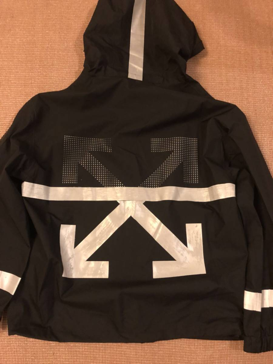 MONCLER X OFF-WHITE Xプリントジャケット 2