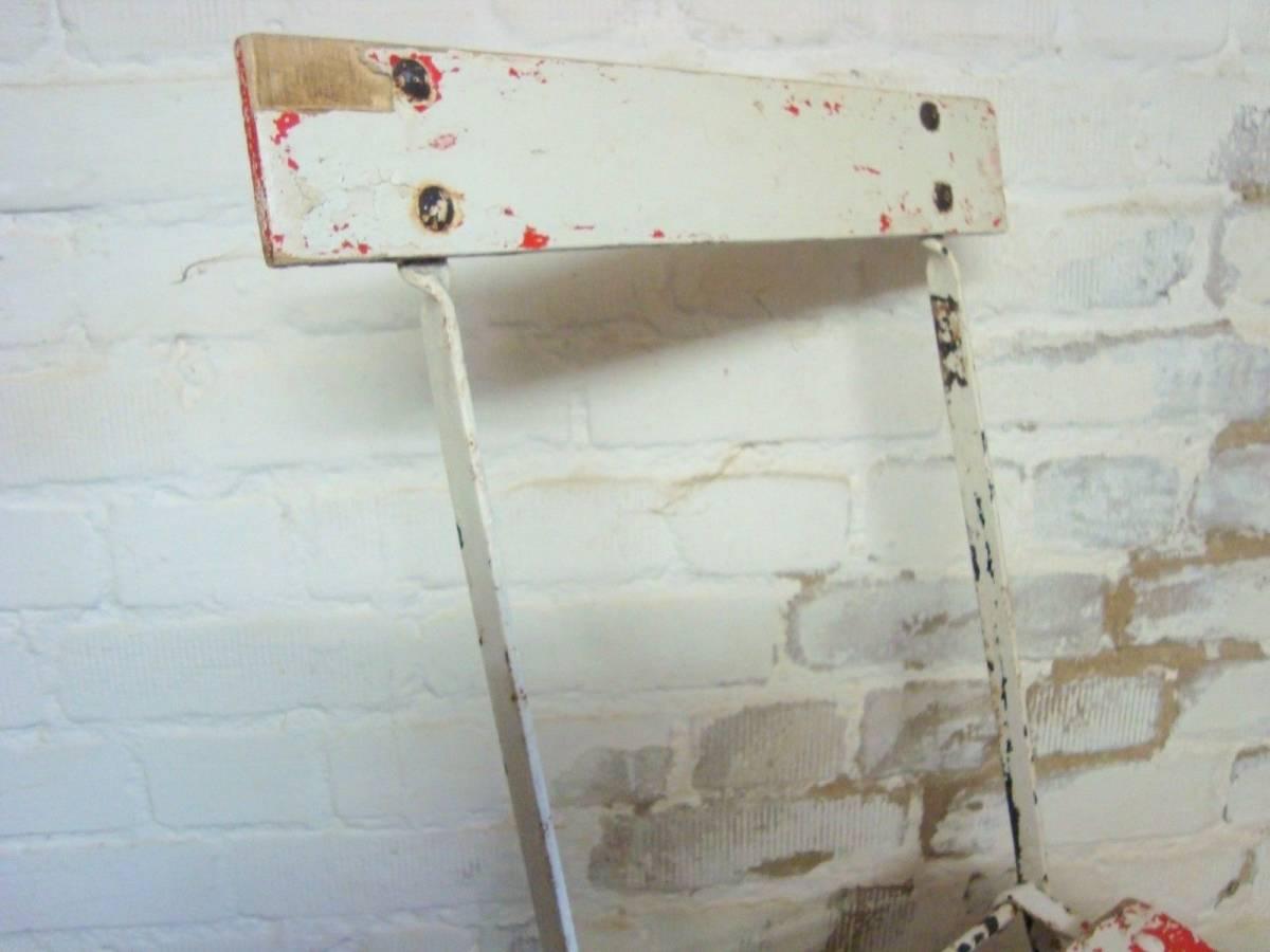 フランス アンティーク アイアン 木製 ガーデンチェア 折りたたみ椅子 家具 古道具 店舗什器 インダストリアル シャビー ディスプレイ 庭_画像4