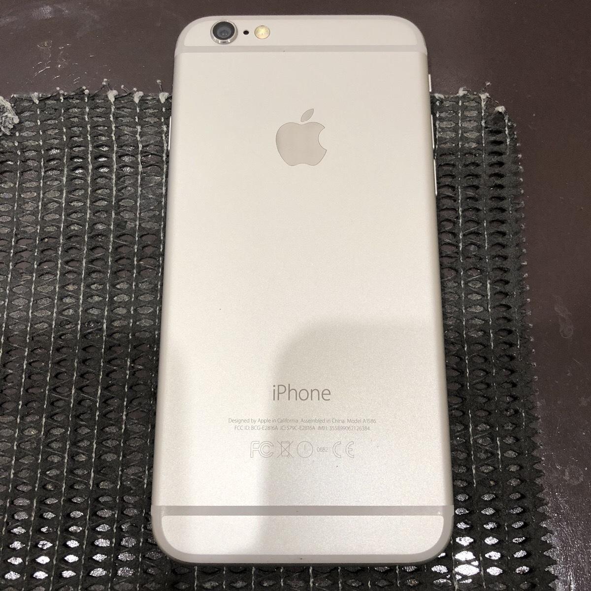 【中古】 iPhone6 64GB シルバー docomo 初期化済_画像2