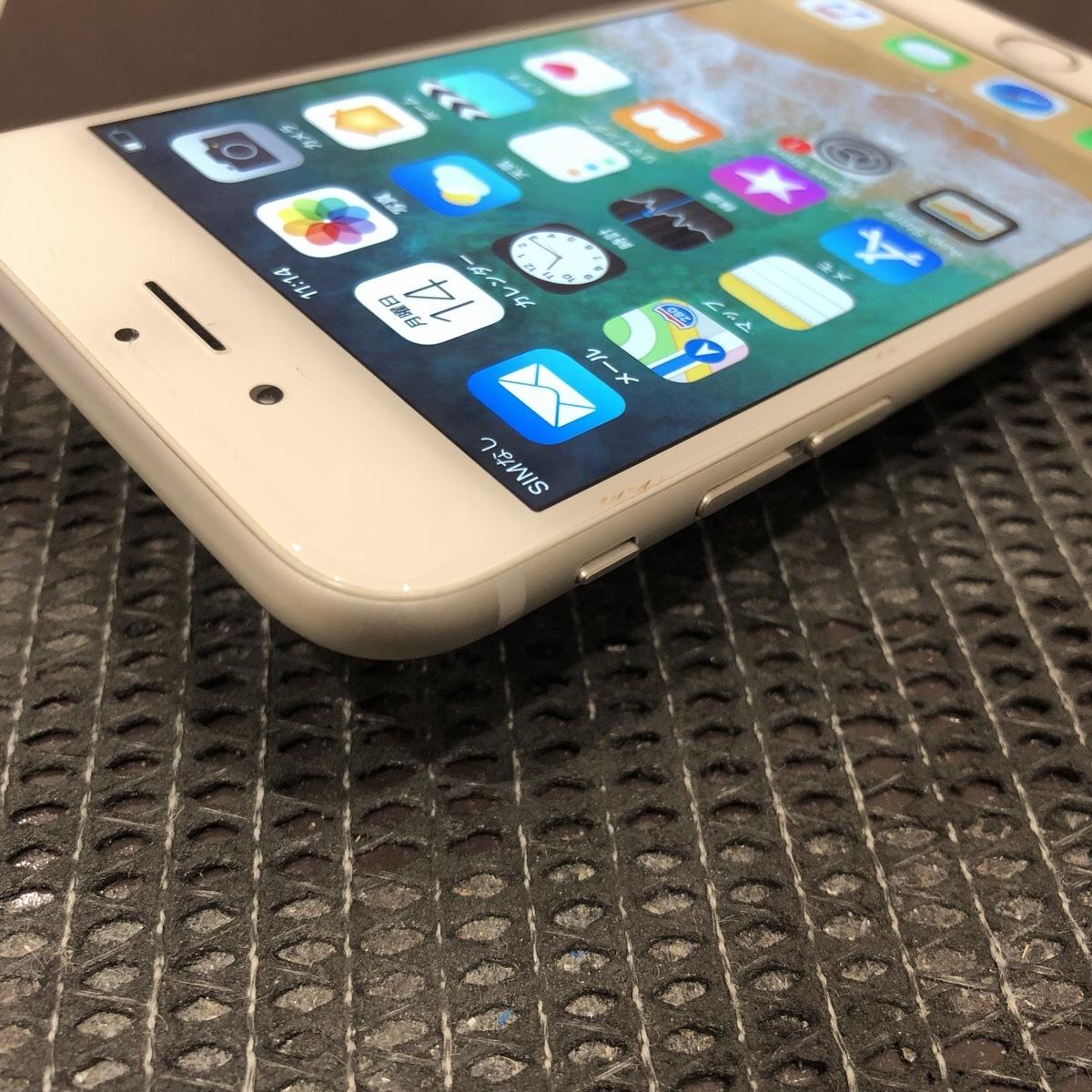 【中古】 iPhone6 64GB シルバー docomo 初期化済_画像3