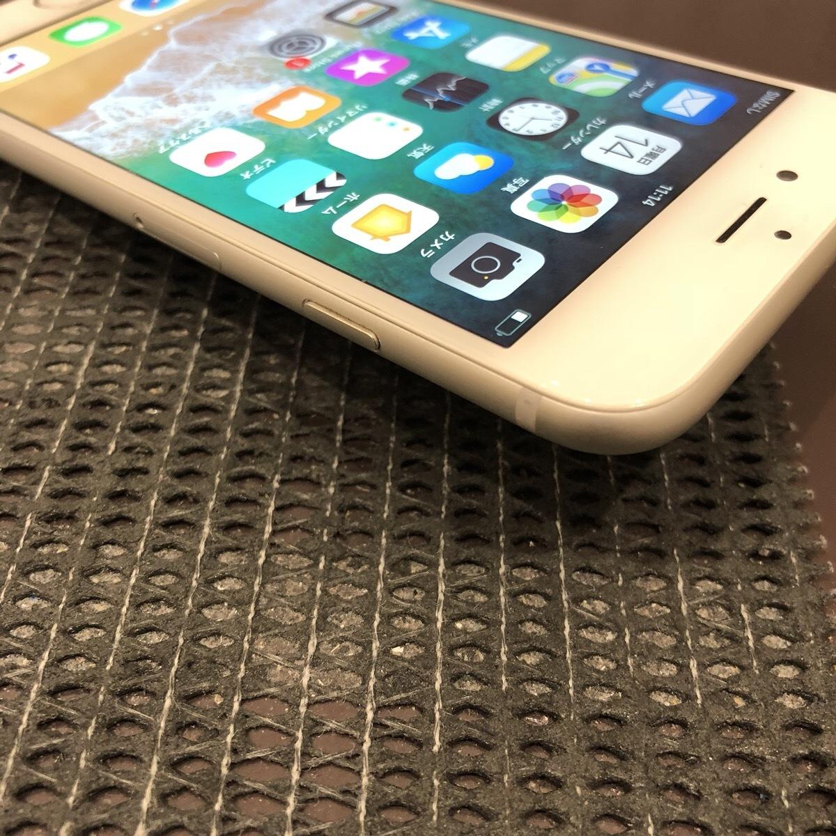 【中古】 iPhone6 64GB シルバー docomo 初期化済_画像4