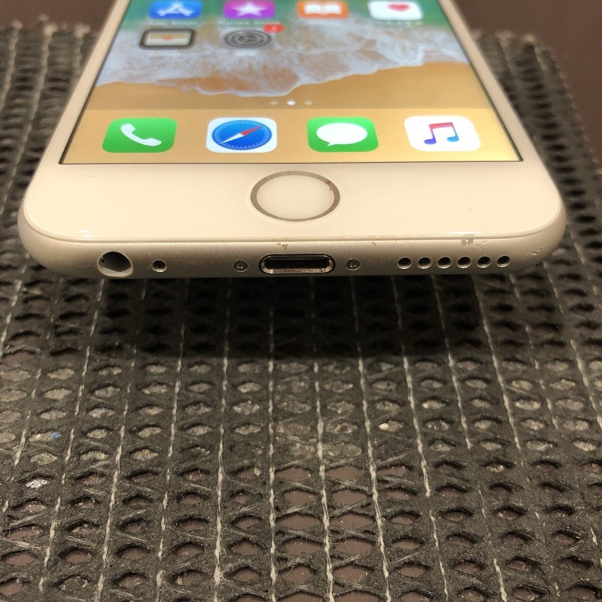 【中古】 iPhone6 64GB シルバー docomo 初期化済_画像5