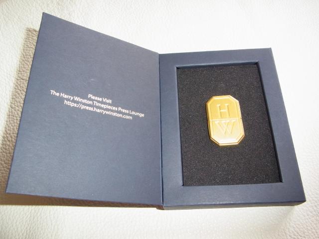 ■未使用 非売品 ノベルティ VIP顧客に配布 箱・取説付!ハリー・ウィンストン(HARRY WINSTON) USBメモリ ゴールド