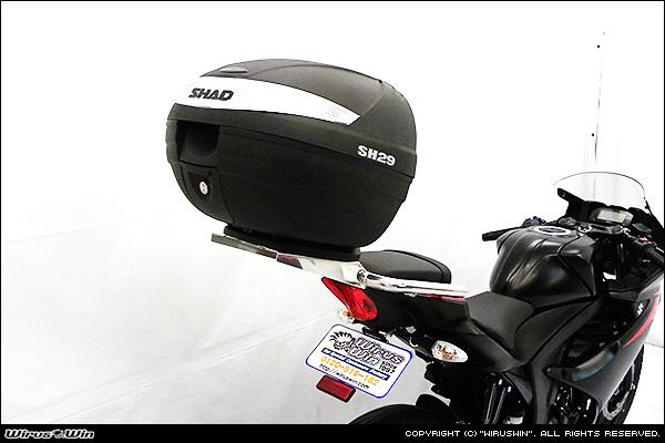 GSX-R125/GSX-S125用リアボックス(SHAD)付きタンデムバー_画像1