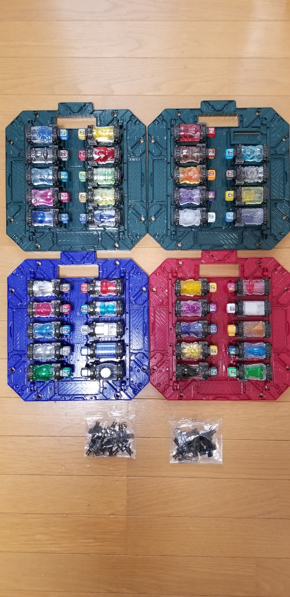 ☆新品同様☆ 仮面ライダービルド DXフルボトル39本セット DXパンドラボックス4枚セット