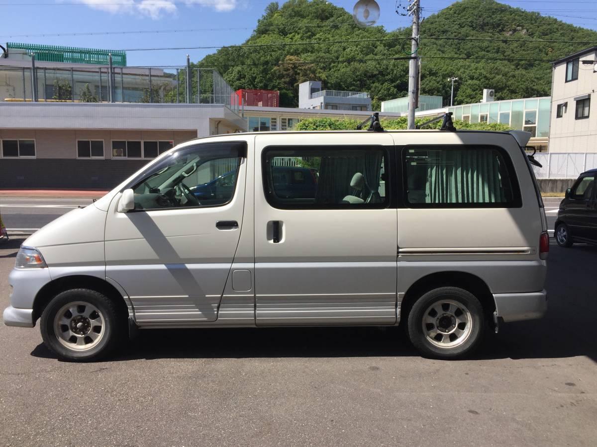 Heisei era 9 year Hiace Regius L package 4WD diesel turbo 4number ...