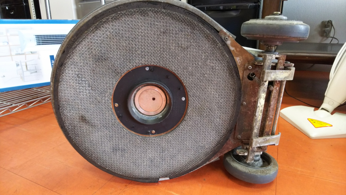 ペンギンワックス 電動ポリッシャー 1500 モデル9146 60Hz _マジックテープのようになっています