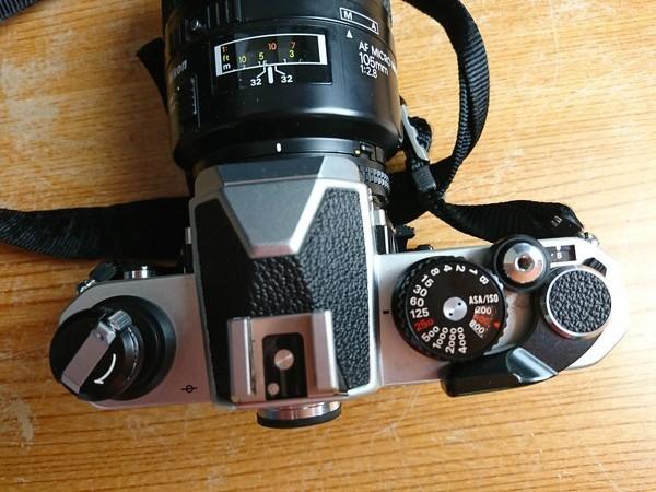 5-12D NIKON フィルムカメラ FM2 +レンズ AF MICRO NIKKOR 105mm 1:2.8 _画像4
