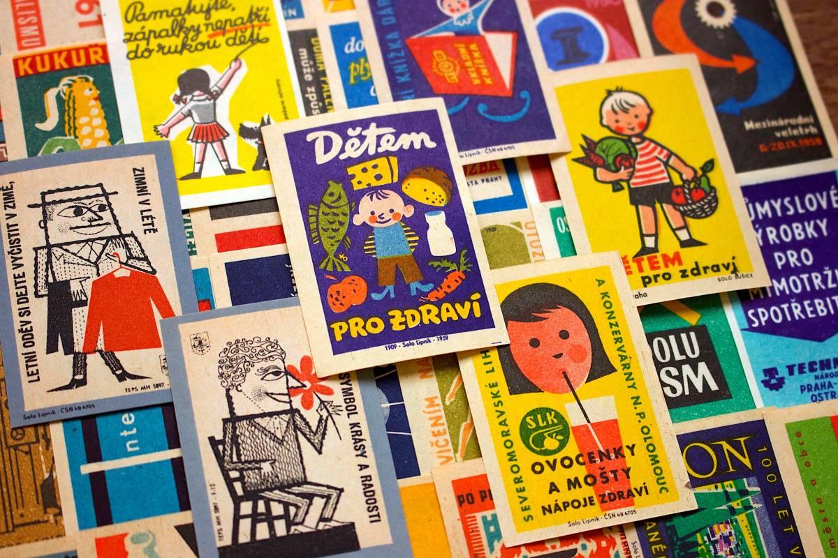 チェコの古いマッチラベル30枚セット02/ヴィンテージ アンティーク ヨーロッパ雑貨 チェコ雑貨 紙モノ イラスト ノベルティ 人 美品/_画像4