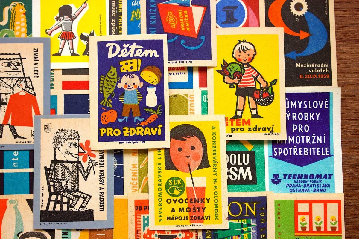 チェコの古いマッチラベル30枚セット02/ヴィンテージ アンティーク ヨーロッパ雑貨 チェコ雑貨 紙モノ イラスト ノベルティ 人 美品/_画像3