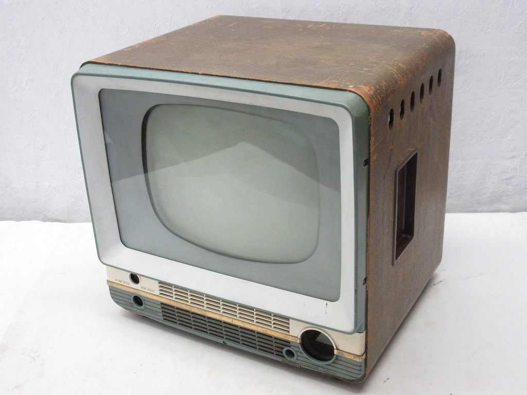 06002Z Showa Retro Toshiba vacuum tube (?) Only in the television frame Contents missing item Junk selling out