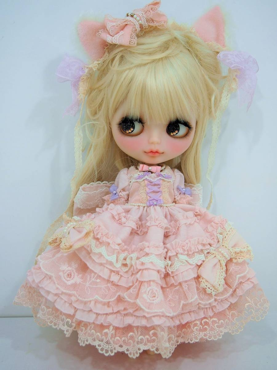 ♪ Milk Tea 様 カスタムネオブライス フリルたっぷりドレス お姫様 ガーリー ♪Blythe