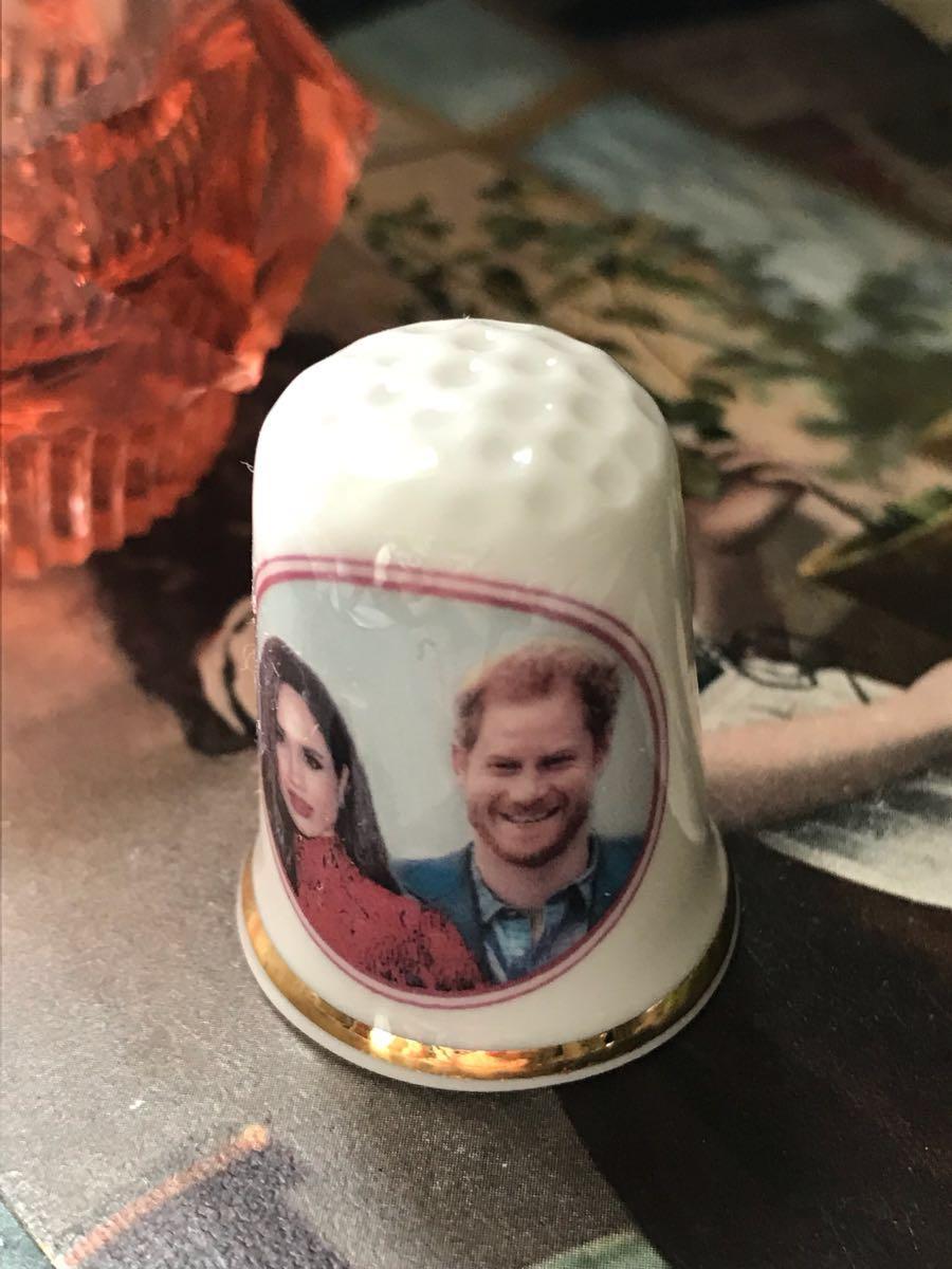 新品◆英国製シンブル指貫◆ヘンリー王子&メーガン婚約記念_画像2
