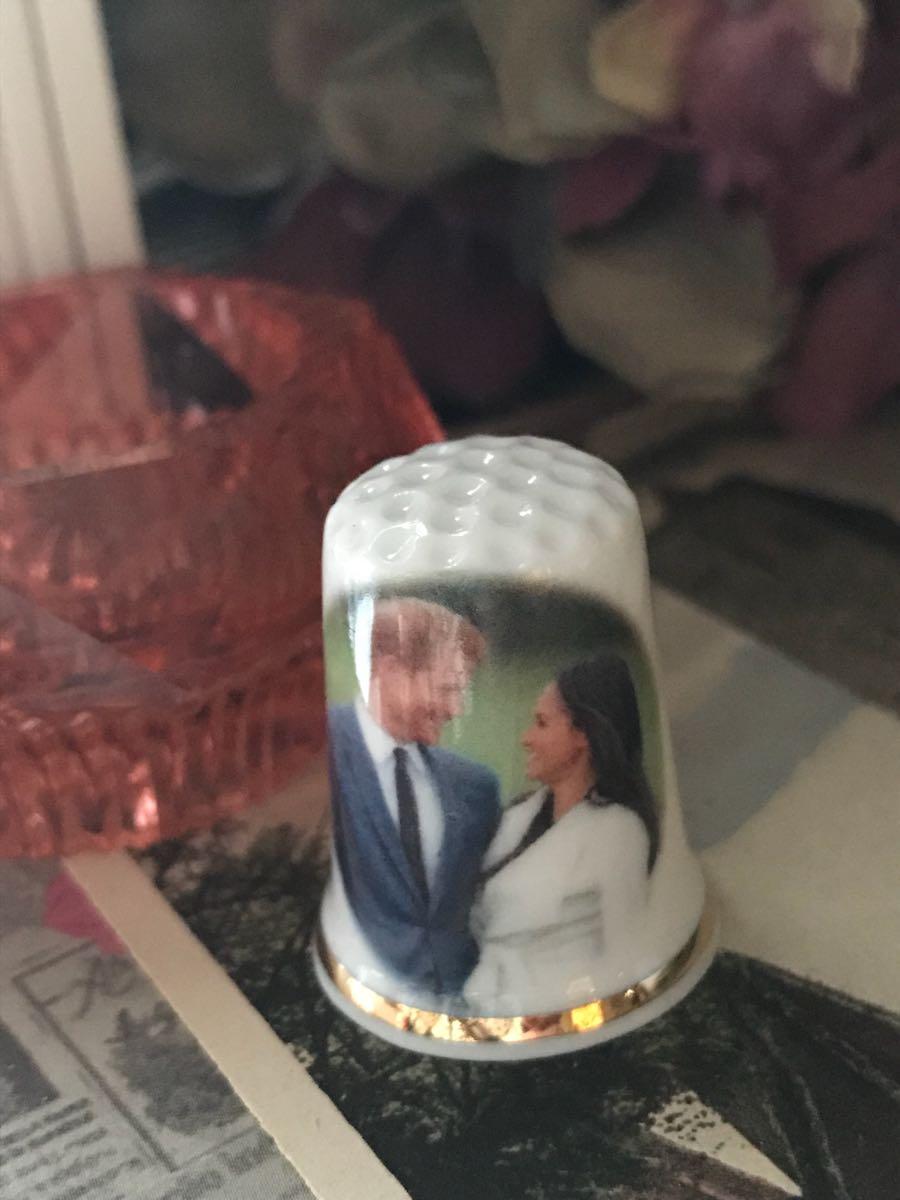 新品◆英国製シンブル指貫◆ヘンリー王子&メーガン婚約記念。。_画像3