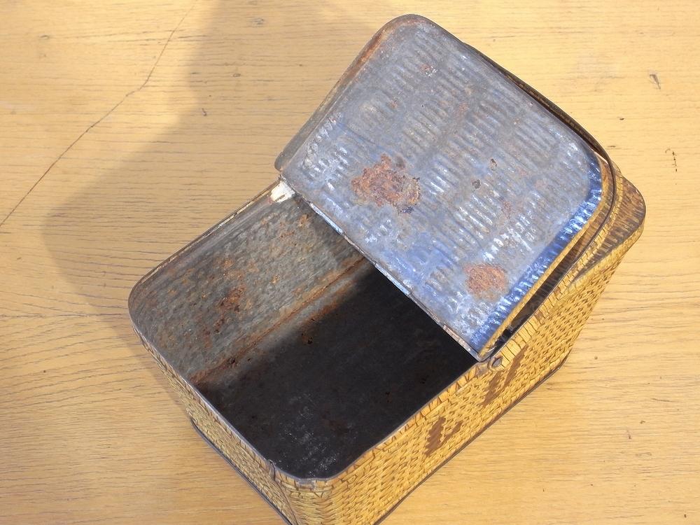 フランス アンティーク LU ブリキのビスケット用バスケット型容器 1900年代初期 仏 ブロカント シャビー キッチン雑貨 缶 小物入れ_画像7