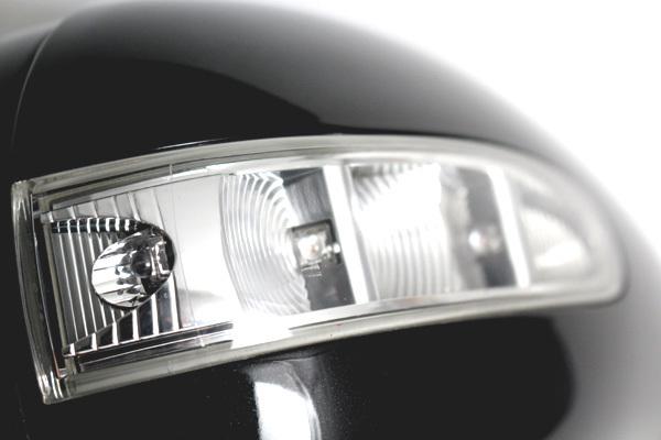 ベンツ Mクラス (W164) Rクラス (W251) 純正ドアミラー ハウジング フットランプ付 【右側】 修理費用を抑えたい方必見!_画像4
