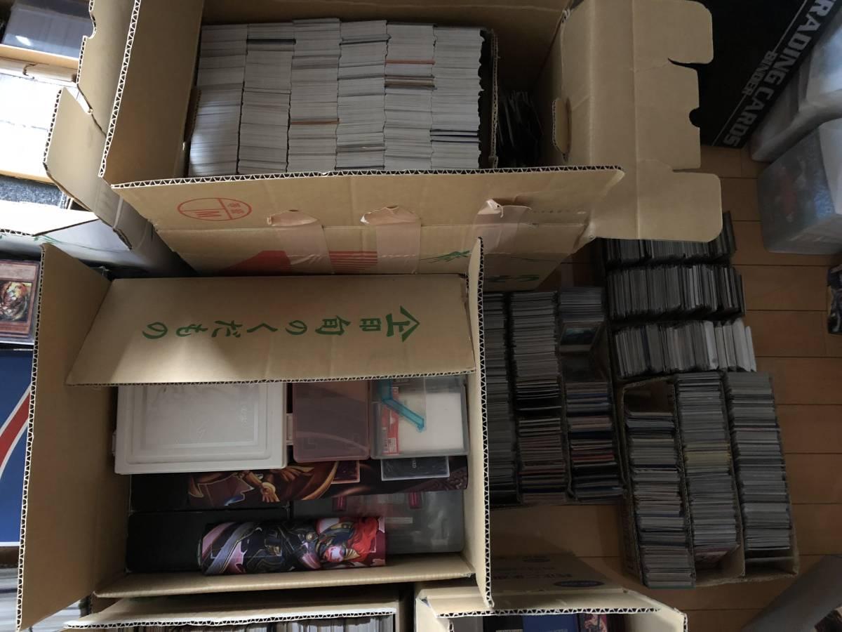 1円~ 遊戯王 大量まとめ売り! 総重量約100kg 総枚数約5万枚 スーパーレア以上 2000枚 引退 初期 2期のカード約10000枚 処分 青眼の白龍_画像5