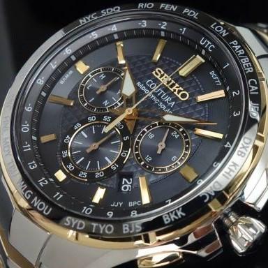 新品税無即納 激レア 「誤差10万年に1秒」 SEIKO セイコー 上級コーチュラ ゴールド 新型電波ソーラー クロノグラフ 逆輸入 腕時計