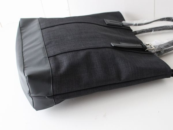 新品タケオキクチTAKEO KIKUCHI持ち手 牛革レザー シャークスキン トートバッグ ビジネスバッグ メンズ_画像4