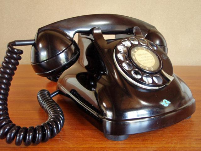 ■昭和の4号黒電話■整備済み 光回線可/モジュラーケーブル延長可 昭和38年_画像4