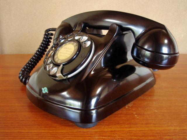 ■昭和の4号黒電話■整備済み 光回線可/モジュラーケーブル延長可 昭和38年_画像9