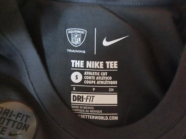 USA購入 ナイキ【Nike】機能素材【DRI FIT】NFL デンバー ブロンコス【Denver Broncos】ロゴプリントTシャツ US Sサイズ 濃灰_画像8