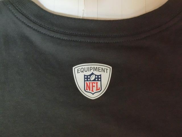 USA購入 ナイキ【Nike】機能素材【DRI FIT】NFL デンバー ブロンコス【Denver Broncos】ロゴプリントTシャツ US Sサイズ 濃灰_画像6