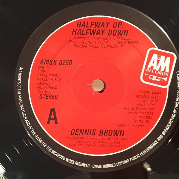 ★Dennis Brown/Halfway Up Halfway Down★KILLER ROOTS!_画像2