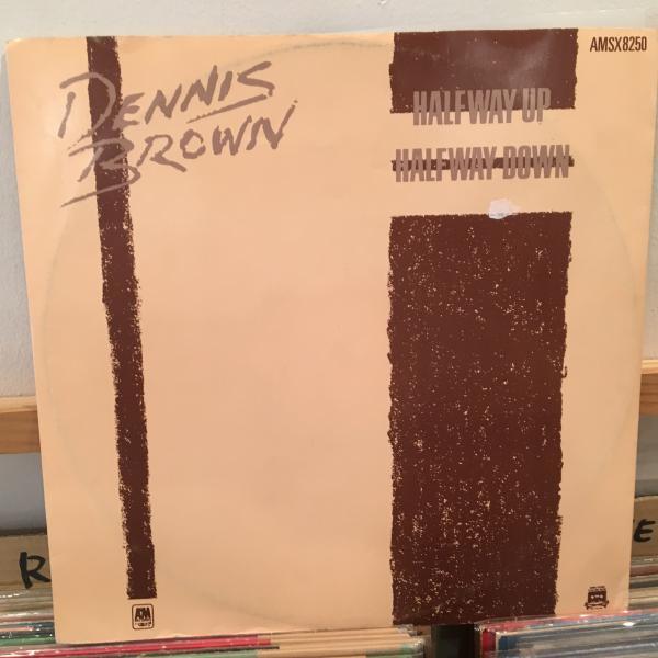 ★Dennis Brown/Halfway Up Halfway Down★KILLER ROOTS!_画像1