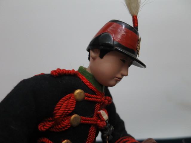 【人形館】「丸平乗馬近衛兵B-161」五月人形・大木平蔵.武者人形・大将飾り.蒔絵〝五〟_画像3