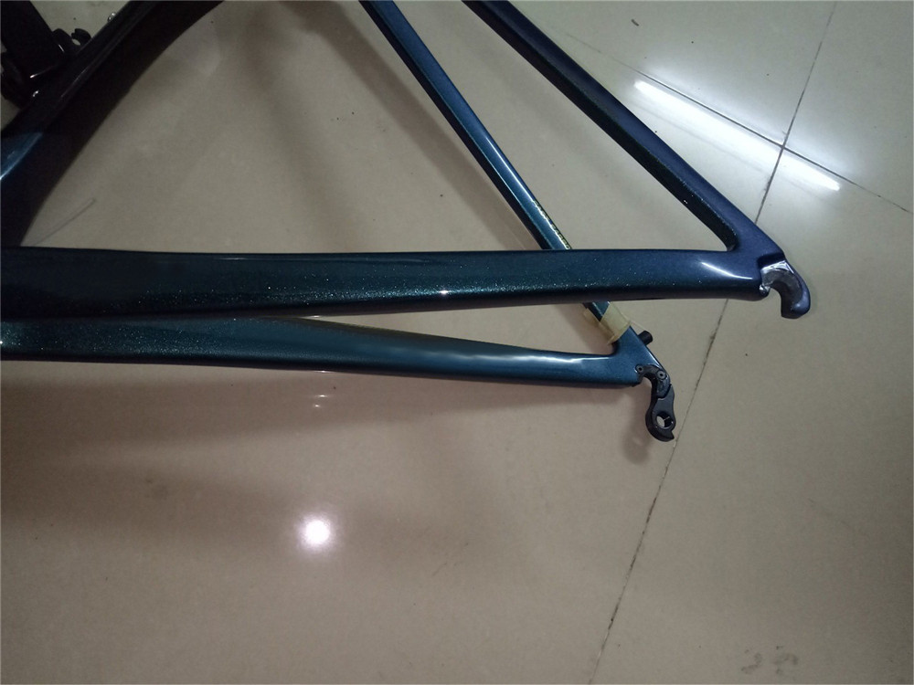 新品 カーボンフレーム フレームセット ロードバイクフレーム 自転車フレーム 700C_画像7