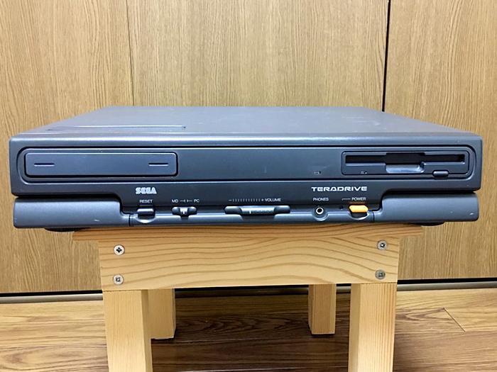 【美品】SEGA テラドライブ MODEL-3 HTR-2002 通電確認 動作未確認_画像2