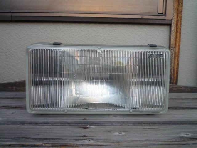 キャデラック ブロアム 1990-1992 ヘッドライト 左側_画像1