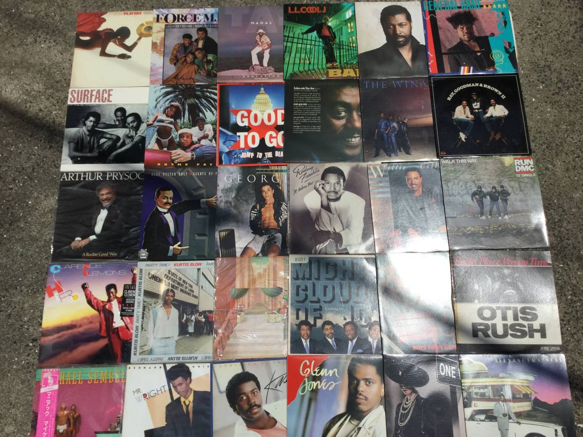 一軒の店舗より ソウル ディスコ ファンク LP200枚まとめて出品します 100サイズ4箱