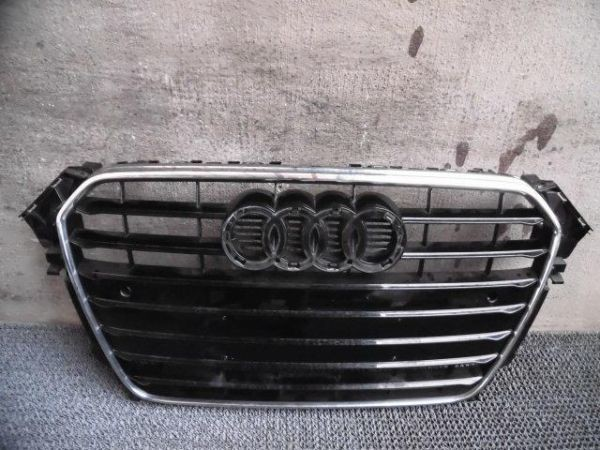★激安!★ Audi アウディ 8K A4 前期 純正 フロントバンパー ラジエーター ラジエタ― グリル 8K0 853 651 / 2G4-1875_1枚目画像