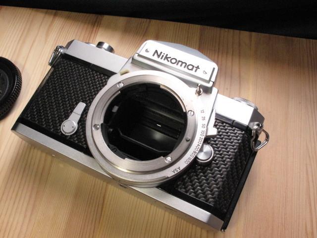 ニコン★ニコマート「Nikon Nikkomat FTn :Silver/カーボン」~フルサイズで気軽に撮影