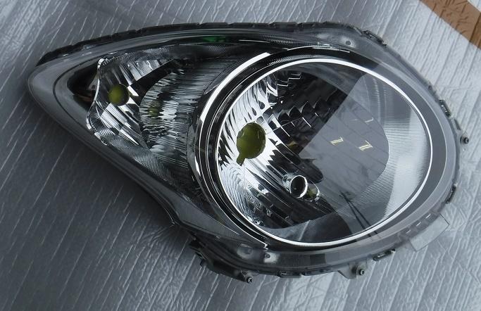 アルトHA25S右ヘッドライトHA25VヘッドランプHA35SアルトエコHB25Sキャロル運転席ライトSTANLEY P8737純正ランプ_画像1