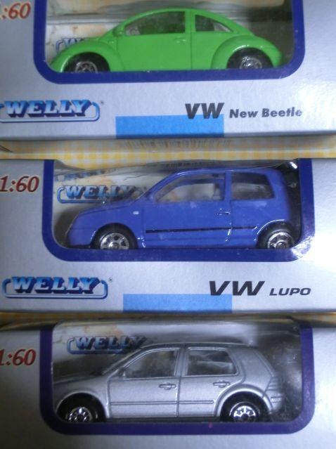 1/60 WELLY フォルクスワーゲン3種 Volks Wagen New Beatle LUPO GOLF4 ミニカー 外車 メタル ダイキャスト 未開封箱内側よごれ ウエリー_画像2