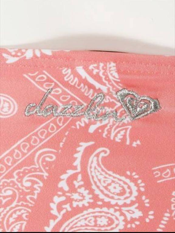 即決 新品 ¥14040 ダズリン×ROXY バンダナ柄コラボビキニ ピンク 水着 スイムウェアdazzlin×ROXY BUSTIA/KNOTTED SURFER タンキニ_レアなダブルネーム刺繍が可愛い