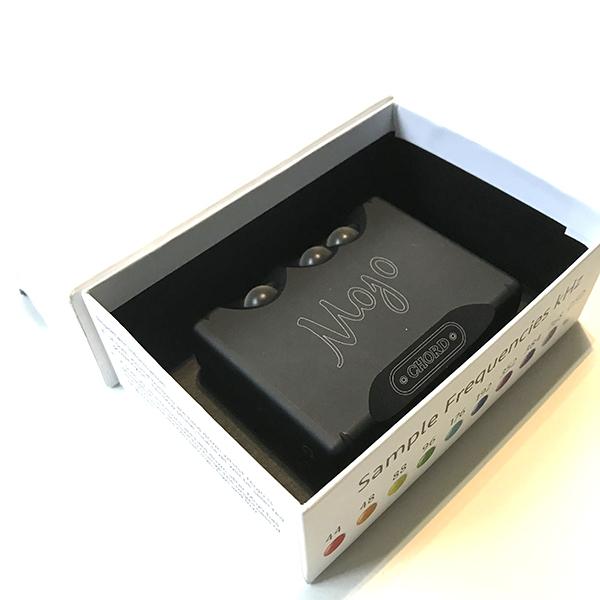 ジャンク Mojo CHORD ヘッドホンアンプ D/A コンバーター内蔵 MOJO-BLK_画像8