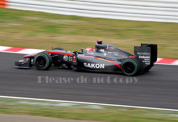2010年 HRT F1 フォーミュラ1 ヒスパニアレーシング F110 カルン・チャンドック フォト 5枚付き ⑤_画像1