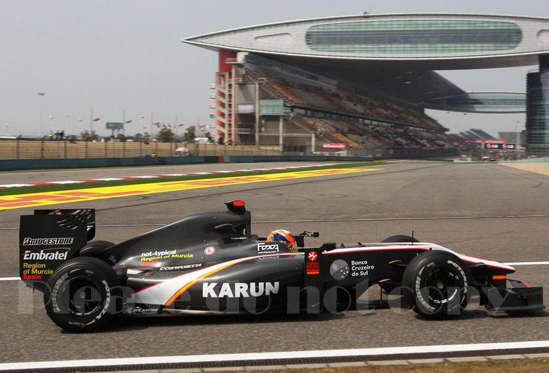 2010年 HRT F1 フォーミュラ1 ヒスパニアレーシング F110 カルン・チャンドック フォト 5枚付き ⑤_画像2