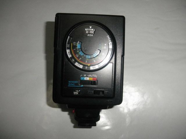 @@ ジャンク minolta AUTO 200X カメラ 電源OK ストロボOK(その他不明) 光学機器  アクセサリー  ストロボ、照明 ミノルタ_画像5