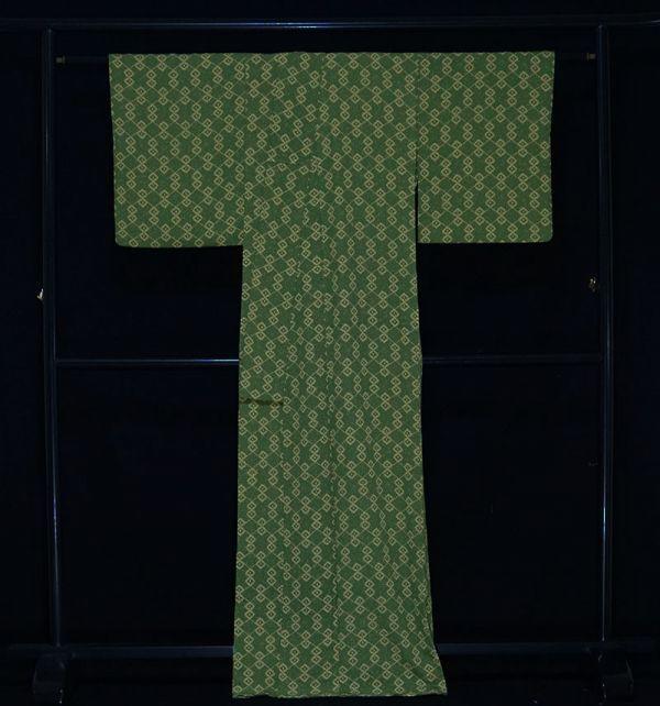 【着物のNext】 0832 L寸 単衣仕立て あられ文様 化繊 ポリ 洗える小紋 緑系 美品_画像3