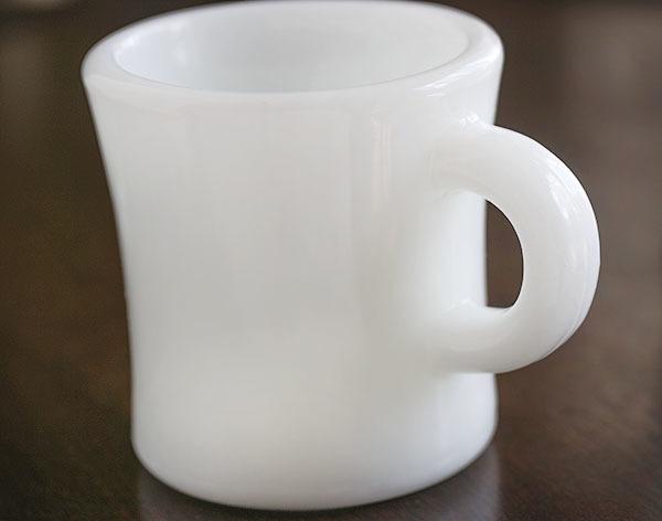 激レア! ファイヤーキング ホワイト エキストラヘビー マグ 耐熱 ミルクグラス オリジナル 什器 ディスプレイ キッチン 雑貨_画像5